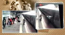 police-officers-rescue-passangers-fall-from-train